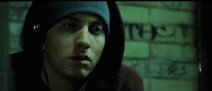 Eminem - Lose Yourself (Testo)