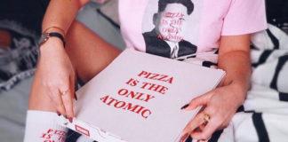 """Disagio Clothing presenta """"Atomic"""": fate la pizza, non fate la guerra."""