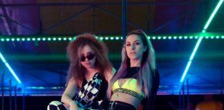 Beba & Rossella Essence celebrano le loro amiche a ritmo di trap