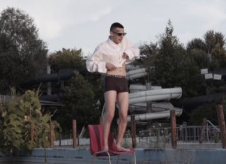 """Esce il nuovo video di Young Signorino: """"Vestito nudo"""""""