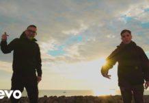 """""""Ngopp' a luna"""", il nuovo brano di Rocco Hunt feat. Nicola Siciliano"""