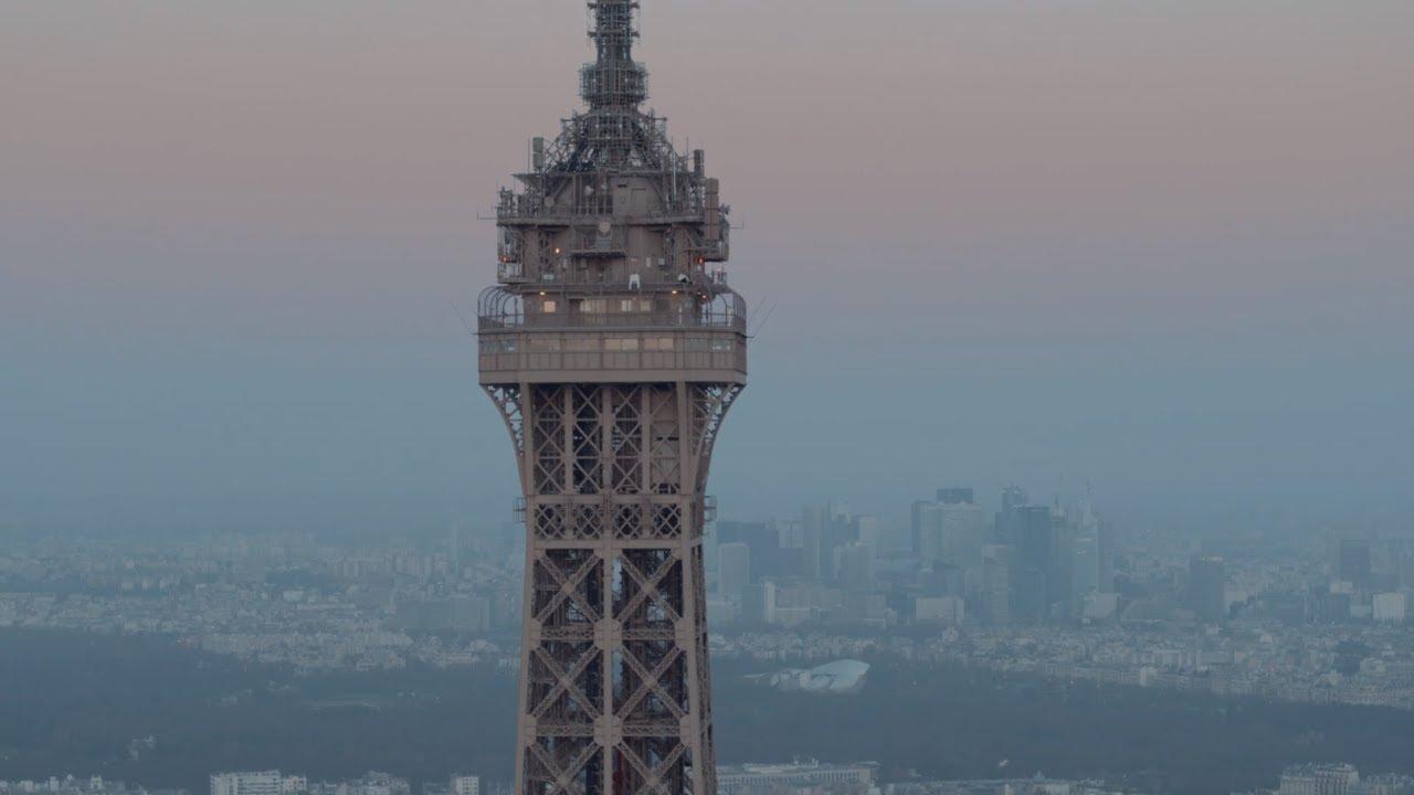 I PNL conquistano la Torre Eiffel