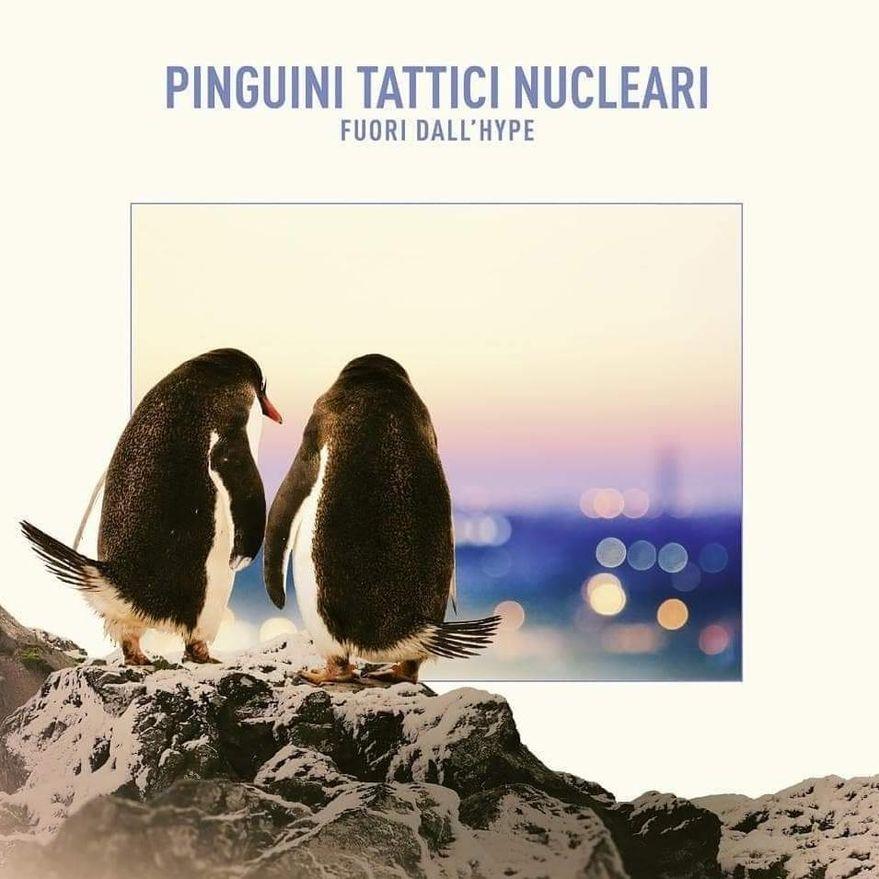Pinguini Tattici Nucleari - Fuori dall'Hype (Album Cover)