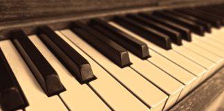 Musica, Testo