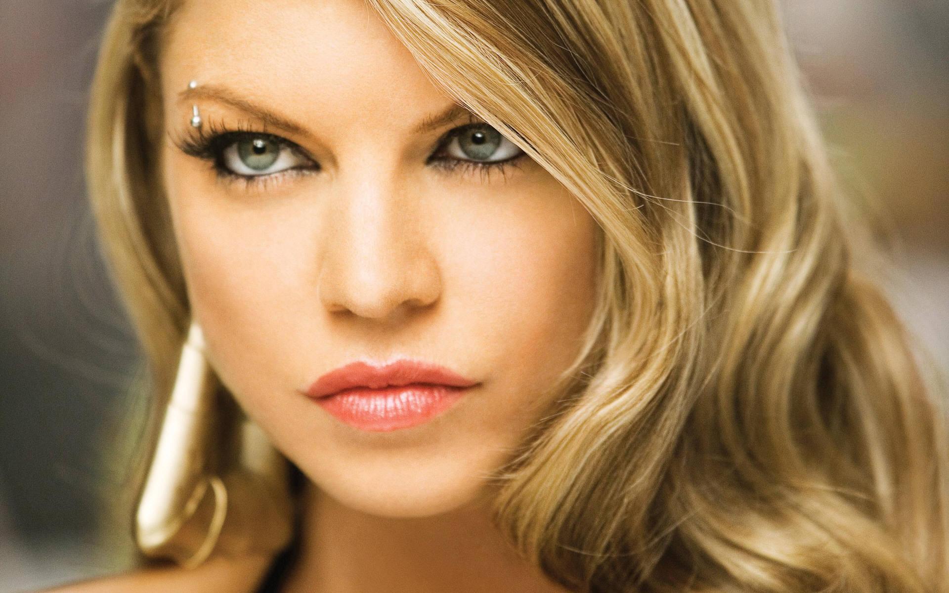 Ascolta il nuovo singolo di Fergie – L.A. Love